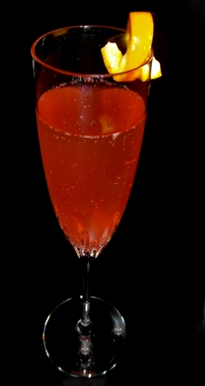 Kinky Bubbles Cocktail Recipe