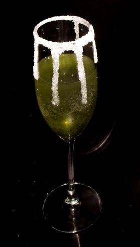 Tinsel Bellini Drink Recipe