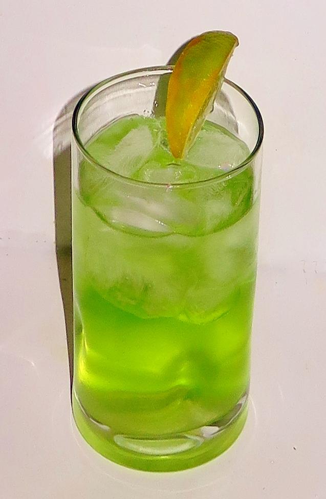 Lemon lime soda sip advisor for Cocktail pisang