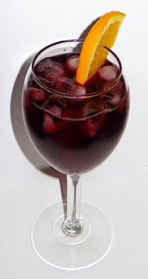 Cabernet Cobbler Wine Cocktail